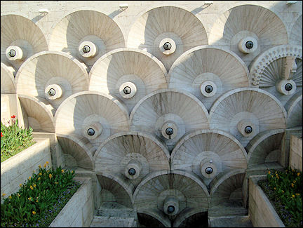Armenia, Yerevan - Sculpture on Cascade