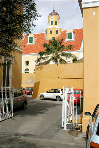 Netherlands Antilles, Curaçao - Willemstad, Punda, alley in Fort Amsterdam