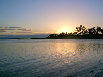 Australia, Queensland - Lake Maraboon