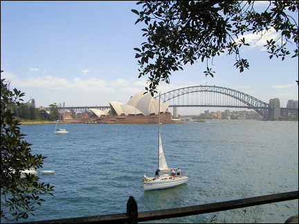 Australia, Sydney - View of the Opera House and Sydney Harbour Bridge