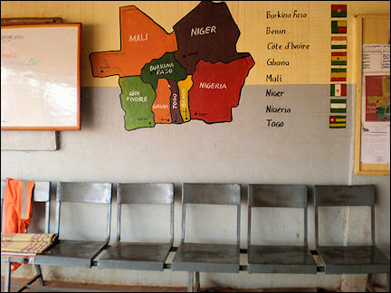 Burkina Faso - Banfora, bus station