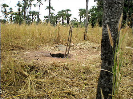 Burkina Faso - Hole in the ground for mat weaving