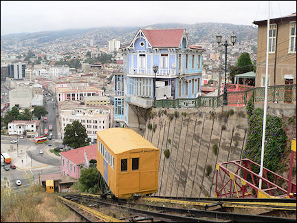 Chile - Ascensor in Valparaïso