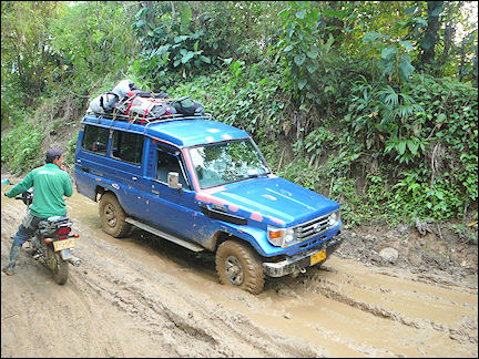 Colombia, Cuidad Perdida - Jeep on unpaved road