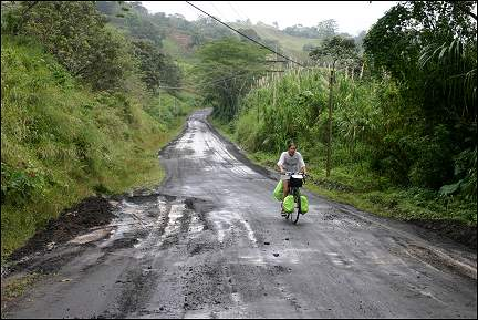 Costa Rica - Bad and wet road