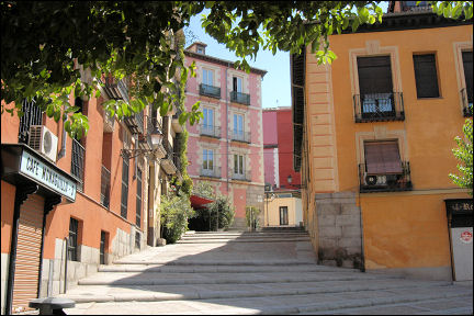 Spain, Madrid - Working-class neighborhood La Latina