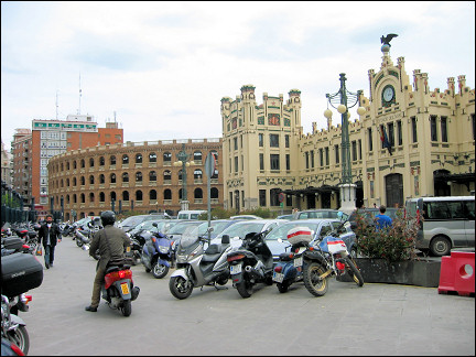 Spain, Valencia - Estación del Norte, with left the arena