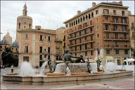 Spain, Valencia - Fountain on Plaza de la Virgen