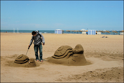 Spain, Valencia - Sand shapes