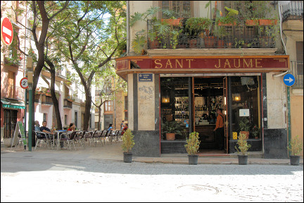 Spain, Valencia - Terrace of Sant Jaume