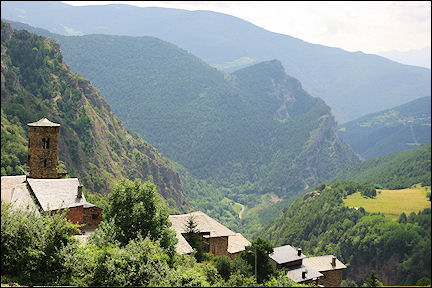 Spain, Pyrenees - Transpirinaika: crossing the Pyrenees from coast to coast