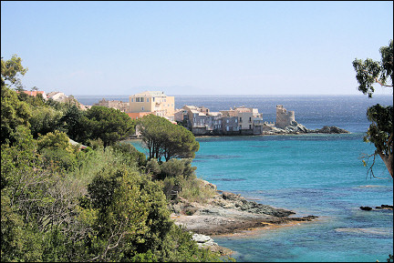 Travelogue Vacation Corsica France Off The Beaten Track