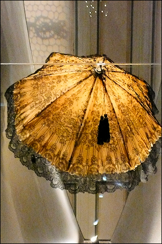 France, Normandy - Lace parasol, Municipal Museum