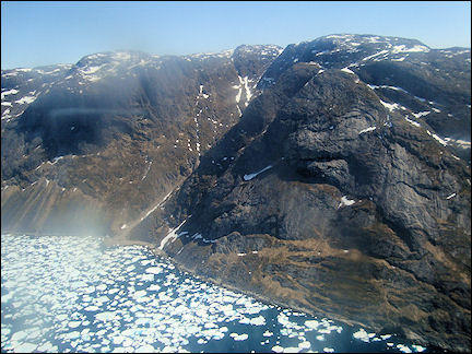 Greenland - To Qaqortoq by helicopter