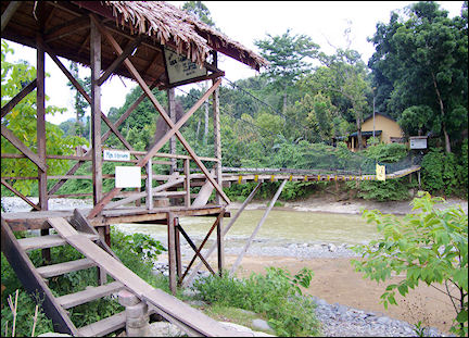 Indonesia, Sumatra - The resort in Bohorok can only be reached by footbridge