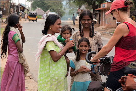India, Tamil Nadu - Gerrie chats with women on the way