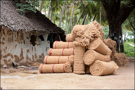 India, Tamil Nadu - Rope made of coconut fibre