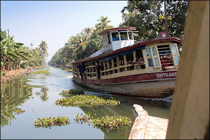 India, Kerala and Karnataka - Ferry from Allephuza to Kottayam over the backwaters