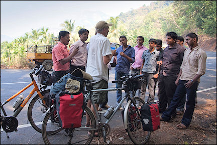 India, Kerala and Karnataka - Aart talks with a group of boys on the way from Calicut to Kalpetta