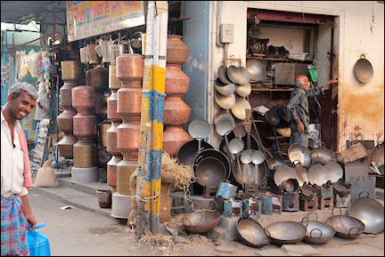 India, Kerala and Karnataka - Mysore, pots-and-pans store
