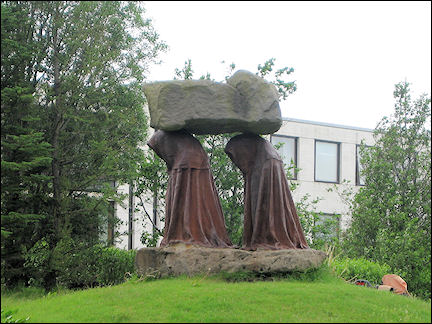 Iceland - Statue of two nuns and Systrastapi in Kirkjubaejarklaustur