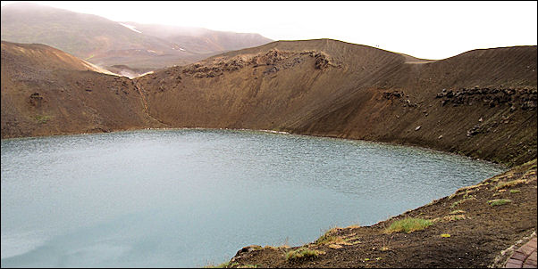 Iceland - Viti, explosion crater