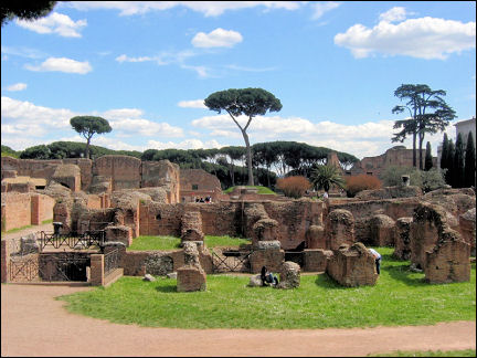 Italy, Rome - Palatine Hill, shady and green