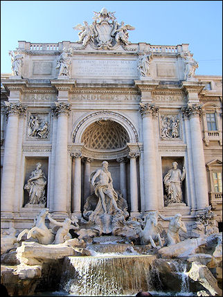 Italy, Rome - Trevi fountaini