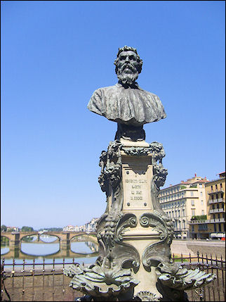 Italy, Florence - Statue goldsmith Cellini on Ponte Vecchio