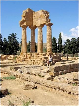 Italy, Sicily - Agrigento, Castor and Pollux temple