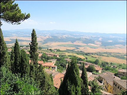 Italy, Tuscany - Volterra, view of the surrounding hills