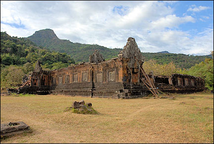 Laos - Wat Phu-complex on the Mekong