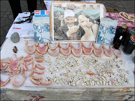 Morocco, Marrakech - Molars and dentures on Jemaa el-Fna