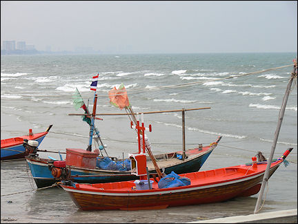 Thailand - Hua-Hin, fishing boats in the harbor