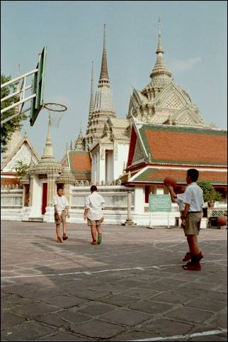 Thailand - Bangkok, Children playing near temple