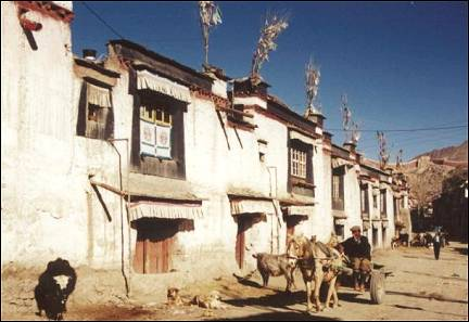 Tibet - In Gyantse time has stood still for centuries