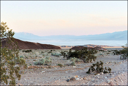 USA, California - View of Death Valley from Hell's Gate