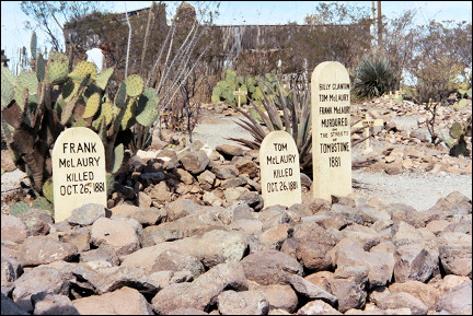 USA, New Mexico - The victims of the shootout at the OK corral