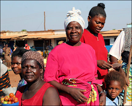 Zambia - Petauke, women in the market